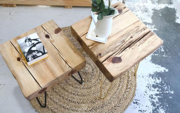 mesa de viga de madera y patas de horquilla