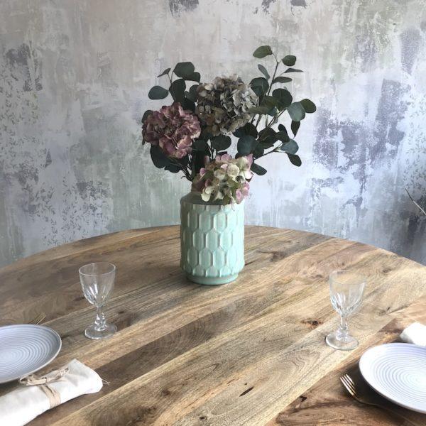 mesa redonda de madera de mango