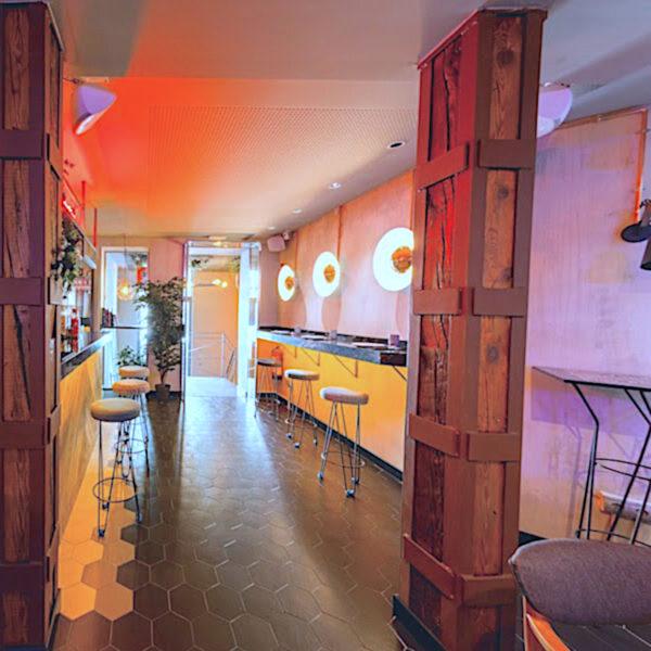 paredes decorativas en restaurantes