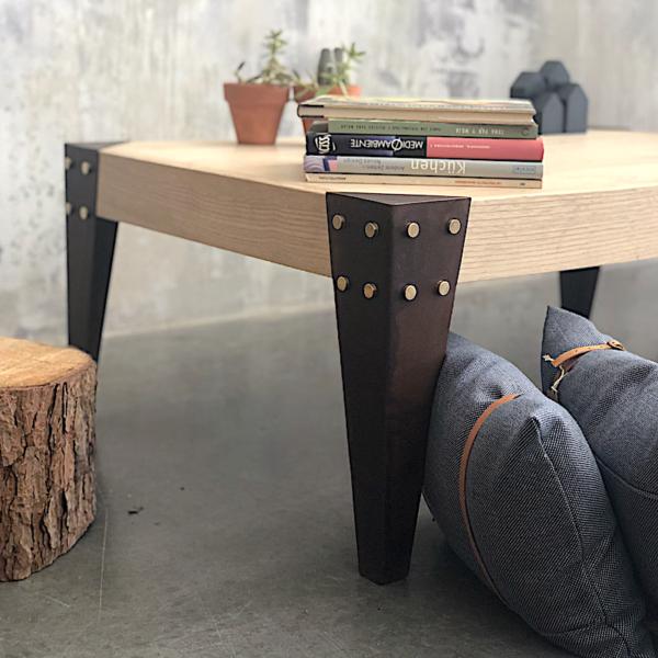 Mesa de centro en madera y hierro